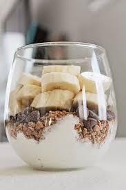 yogurt banana parfait
